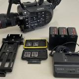 מצלמה סוני FS7 עם תוספות