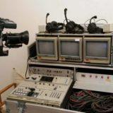 ציוד אולפן נייד מקצועי הכולל מצלמות שידור, חצובות מקצועיות, מיקסר מוניטורים וכו...