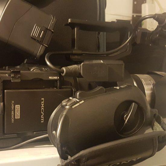למכירה מצלמת סוני SONY NEX-FS700